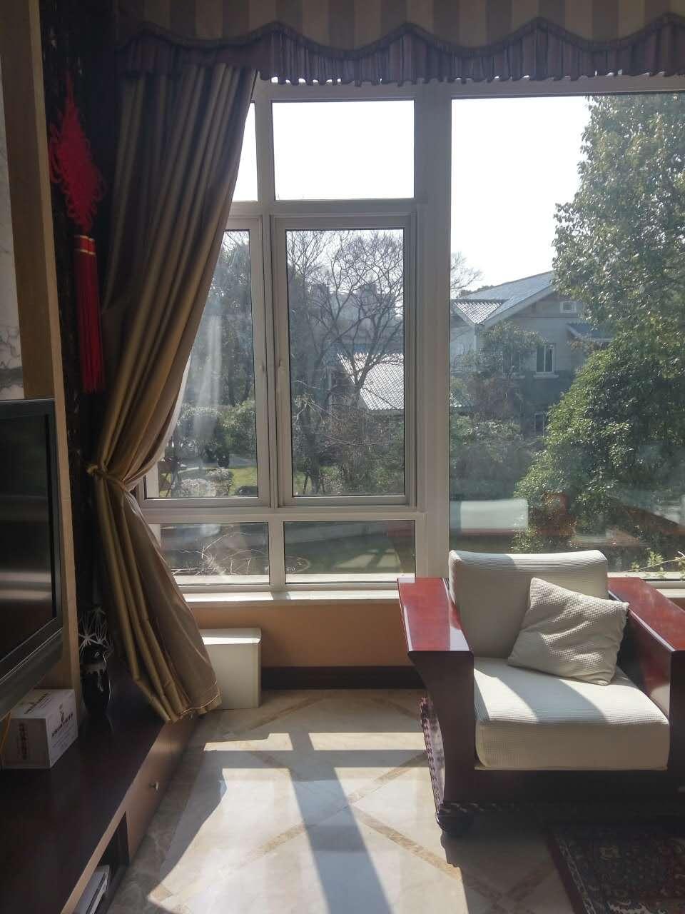 上海闵行区某小区